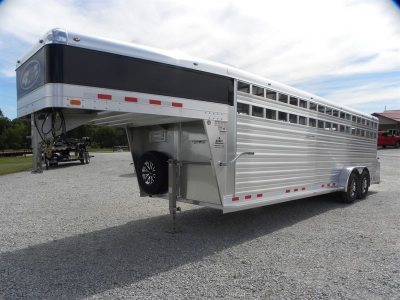 2021 4-star 7x24x6'6 deluxe stock trailer