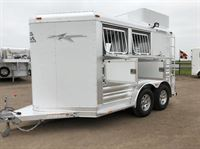 Horse Trailer World- Used and new trailers for sale