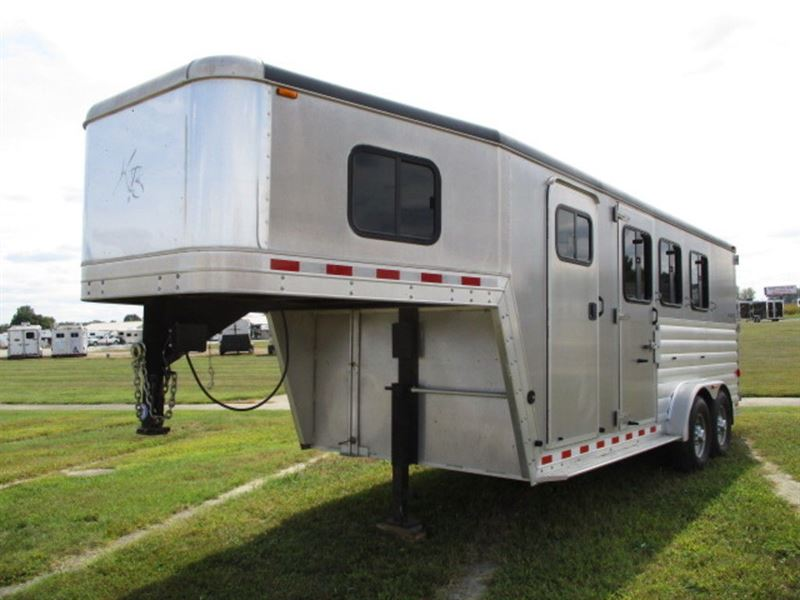 2008 Kiefer Built gx3 three horse