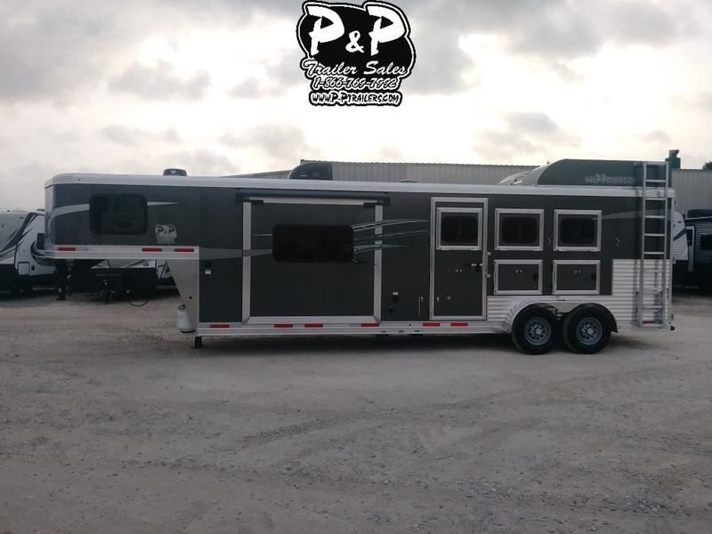 2019 Lakota c311 charger 3 horse with 11' short wall