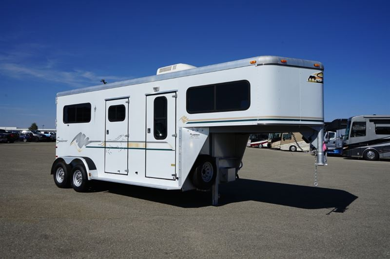 Used 2 stalls Horse trailers for sale in CO ...
